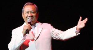 "Read more about the article Homenaje a Armando Manzanero: convocan a cantar ""Esta tarde vi llover"" en un coro a la distancia"