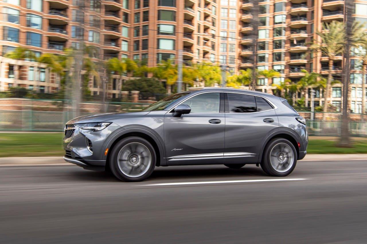 2021-Buick-Envision-Avenir-037