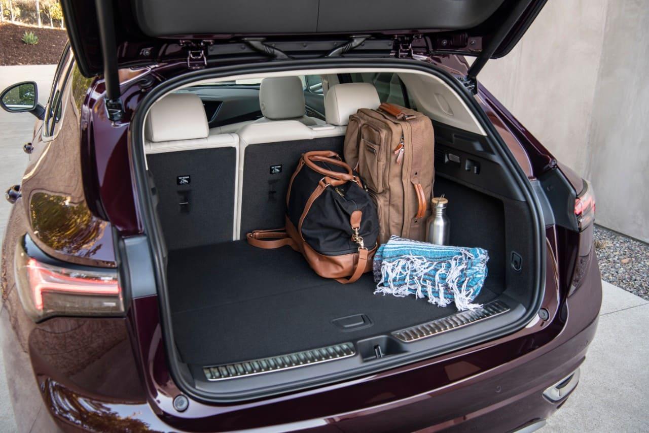 2021-Buick-Envision-Avenir-046